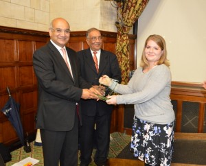 Rt Hon Keith Vaz MP presnts the Award to  Ms Mimi Bekhechi